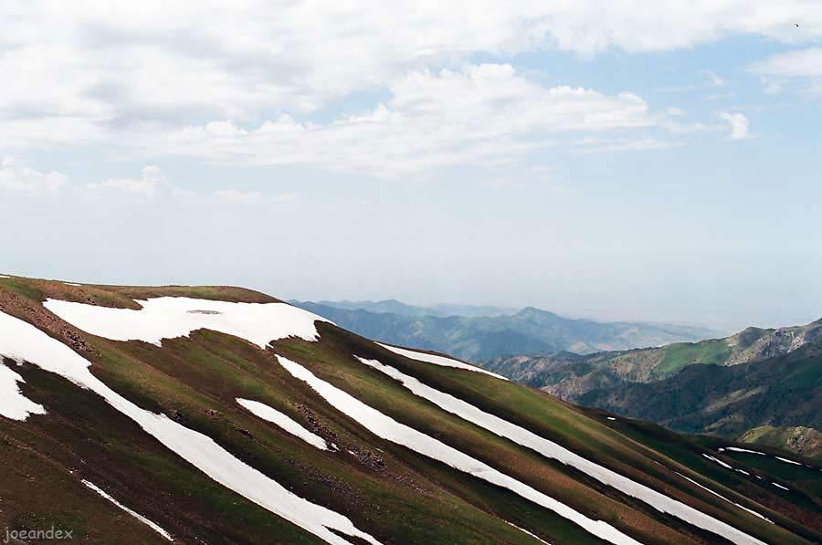 горы чарвак фото